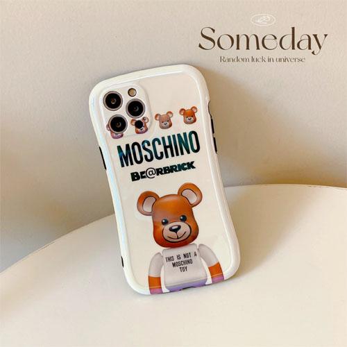 モスキーノ iPhone13 ケース Iface型